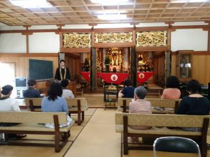 実家の法顕寺で、講演